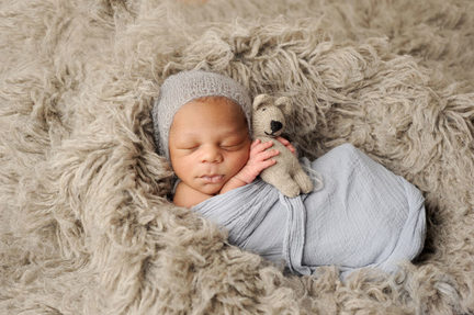 Maryland_baby_boy_bear_angela_singleton_photography